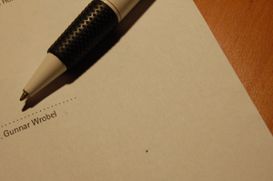 A Short-Form Guide to Contracts for Tech Startups and Software Developers