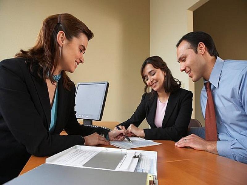 real_estate_meeting